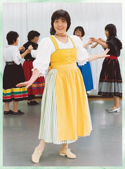 フォーク ダンス